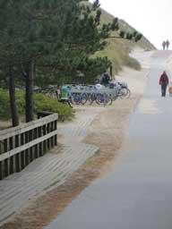 Ferienhaus Sokollek - Fahrradparkplatz am Strand